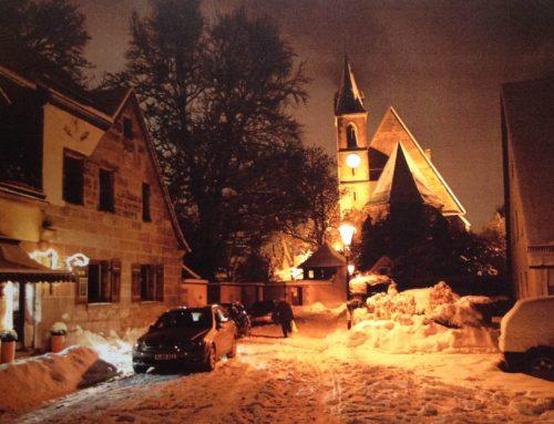 Advent Advent ein Lichtlein brennt und Weihnachten steht vor der Tür